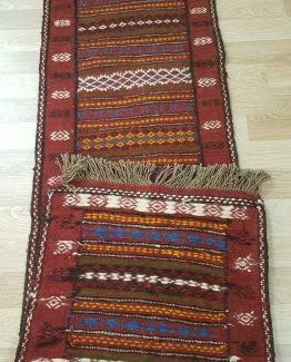 گلیم سنتی دستبافت یک متر و بیست سانتی