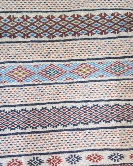 گلیم سنتی دستبافت کرم یک متر و سی سانتی